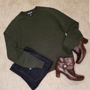 Land's End Dark Green Crewneck Sweater